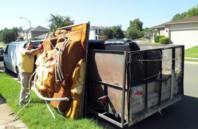 Bishop Hills-Amarillo Dumpster Rental & Junk Removal Services-We Offer Residential and Commercial Dumpster Removal Services, Portable Toilet Services, Dumpster Rentals, Bulk Trash, Demolition Removal, Junk Hauling, Rubbish Removal, Waste Containers, Debris Removal, 20 & 30 Yard Container Rentals, and much more!